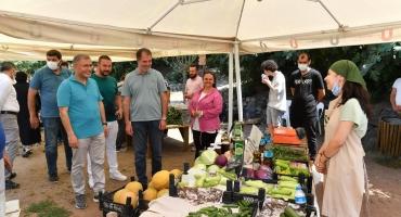 Sarıcakayamızın Ürünleri, Kıymetli Üsküdar Belediyesi Başkanı Sayın Hilmi Türkmen'in Katılımıyla Üsküdar Pazarında